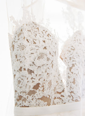 Lace details on a Pronovias wedding gown | Karen Hill Photography