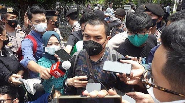 HR5 Ditahan, Tersangka Unlawfull Killing Tidak, Aziz: Apakah Prokes Lebih Bahaya dari Membunuh
