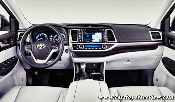 2017 Toyota Camry Hybrid MPG
