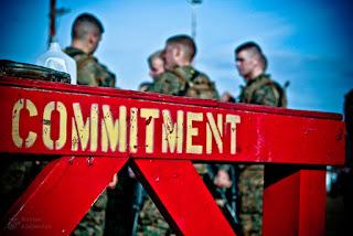 Teori Komitmen Organisasi Lengkap