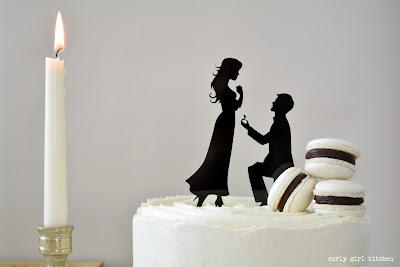 Anniversary Cake, Wedding Cake, Wedding Cake Topper, Chocolate Cake, Black and White Cake, French Macarons, Macarons, Chocolate and Vanilla Cake, Vanilla Buttercream