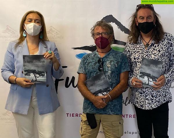El compositor y poeta Carlos Catana y el fotógrafo Pablo Espantaleón presentaron en el Centro de Visitantes del Volcán de San Antonio la publicación conjunta 'La Sonrisa en el Páramo'