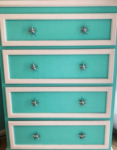 Dresser Makeover with Starfish Knobs Pulls