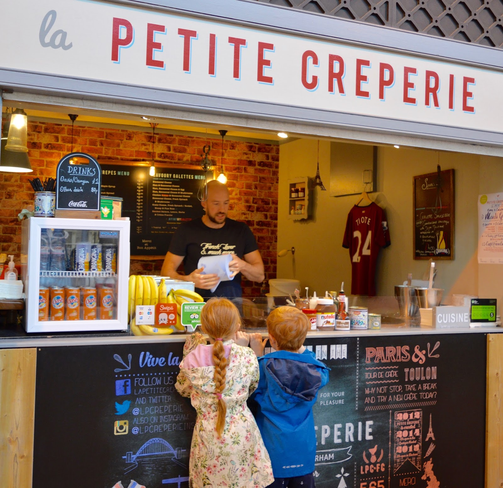 The Perfect Newcastle Christmas Market  - crepes from la petite creperie