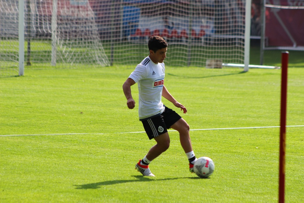 ¡Bienvenido a Chivas, Alejandro Zendejas!