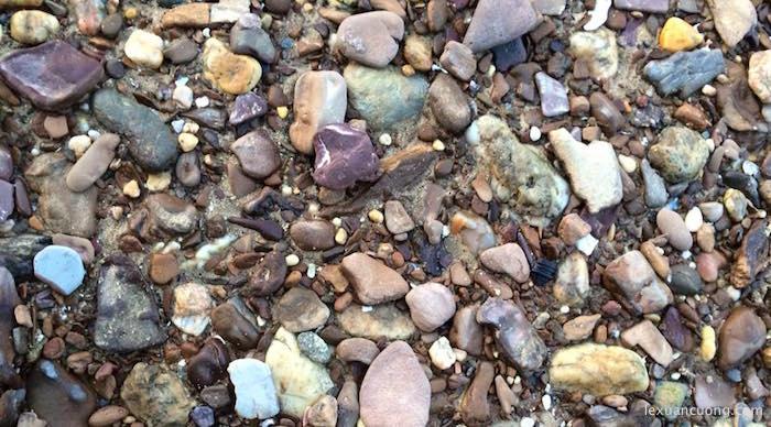 bãi đá trên đảo Cô Tô