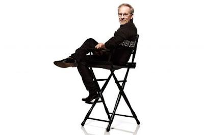 Steven Spielberg en su silla de director