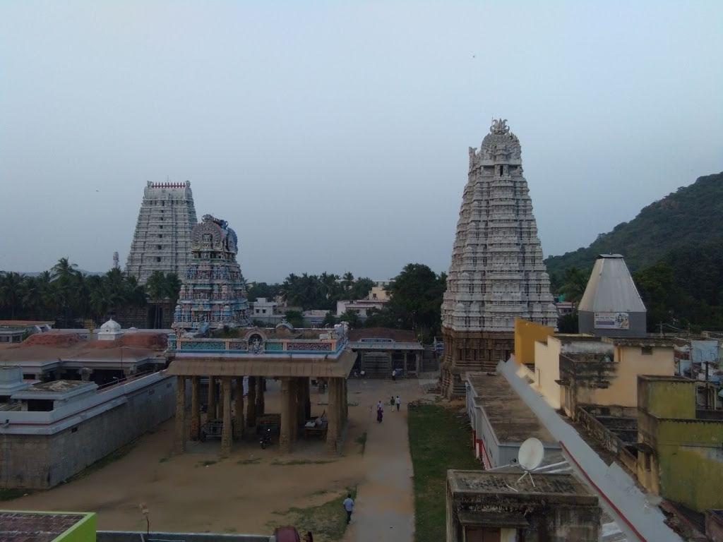Tamilnadu Tourism: Vedagiriswarar Temple, Thirukalukundram, Chengalpattu