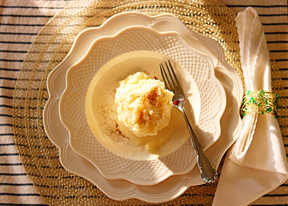 potatoes-creamy-garlic-mashed-Holiday-best-athomewithjemma