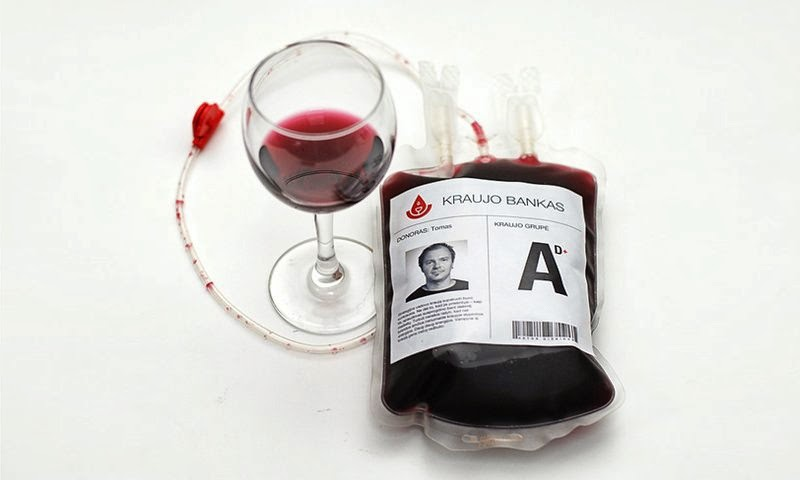 Tendencias en packaging de vino, Bloody Wine Branding