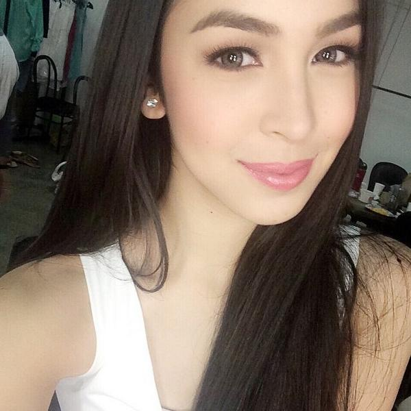 Julia Baretto Hot Pics and Bio