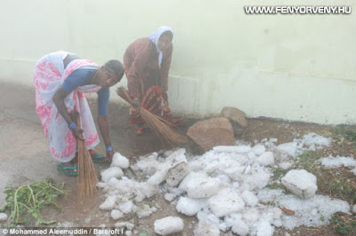"""Kilenc ember halt meg Indiában, amikor """"szikla"""" nagyságú jégeső esett"""