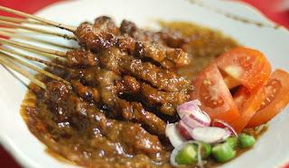Resep Sate Madura Asli Dengan Bumbu Kacang yang Bikin Nagih