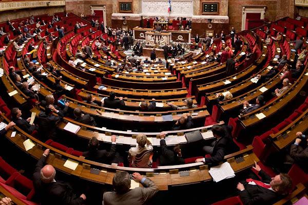 L'Assemblée nationale vote un durcissement des peines pour les agresseurs de forces de l'ordre