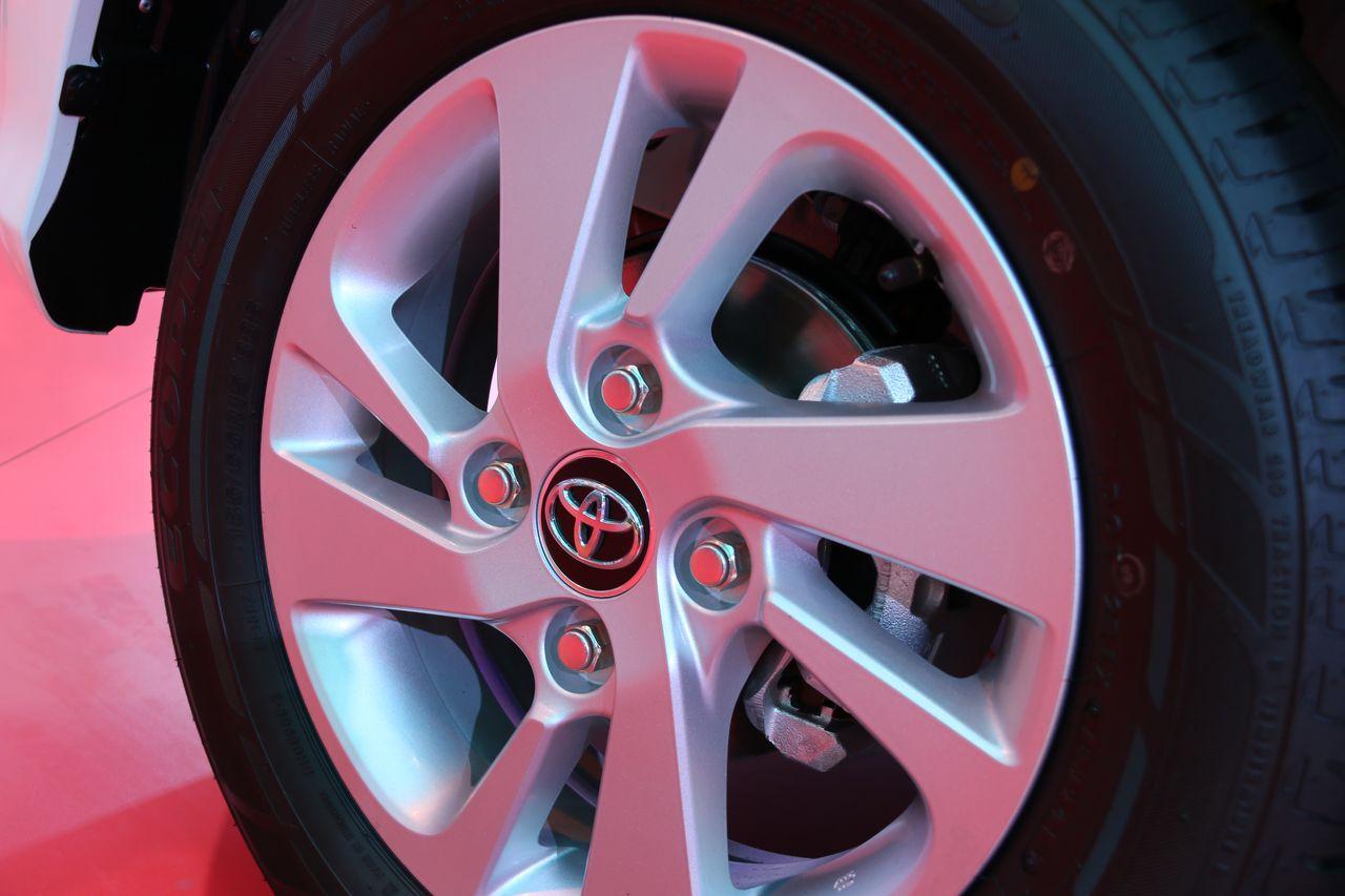 Velg Grand New Veloz Toyota Avanza 2018 Dan Apa Bedanya