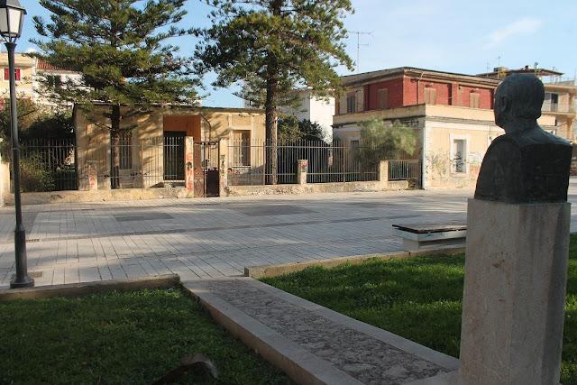 Πρωτοβουλία για την οικία Νίκου Καρούζου
