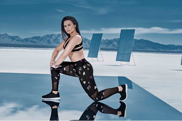 Demi-Lovato-BodyGoals-Fabletics-Collection-Campaign-Photos-5