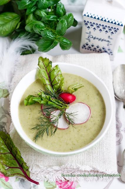 zupa, krem, rzodkiewki, kalarepa, obiad, nowalijki, warzywa, wegetarianski, bernika, kulinarny pamietnik