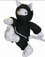 http://www.tejiendoperu.com/mu%C3%B1ecos-en-dos-agujas/gato-ninja-knitted-ninja-kitten/ropa-del-gato-ninja-knitted-ninja-kitten/