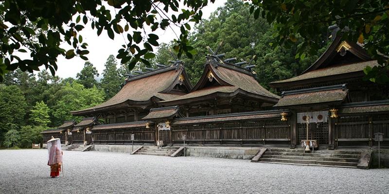 ศาลเจ้าคุมาโนะ ฮอนงู ไทฉะ (Kumano Hongu Taisha: 熊野本宮大社) @ www.hongu.jp