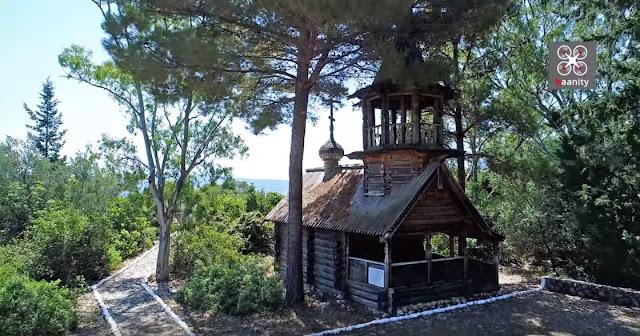 """Το """"Σιβηρικό"""" Ρωσικό μνημείο που τιμάται εδώ και 200 χρόνια στην Ελλάδα"""