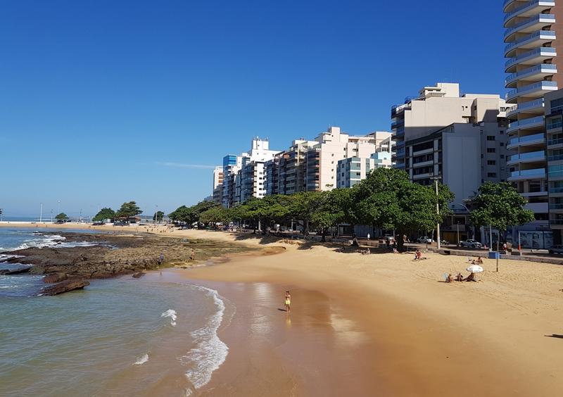 Onde se hospedar em Guarapari, Praia das Castanheiras