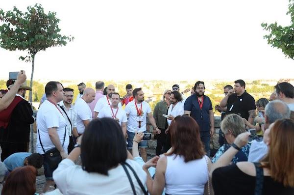 El 'Capitán Veneno' del Carnaval de Cádiz revive en el Troncoso