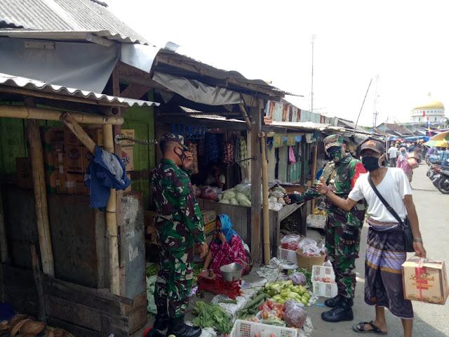 Blusukan di Pasar Gebang, Babinsa  Bonang Himbau Pengunjung Pasar Taati Protokol Kesehatan