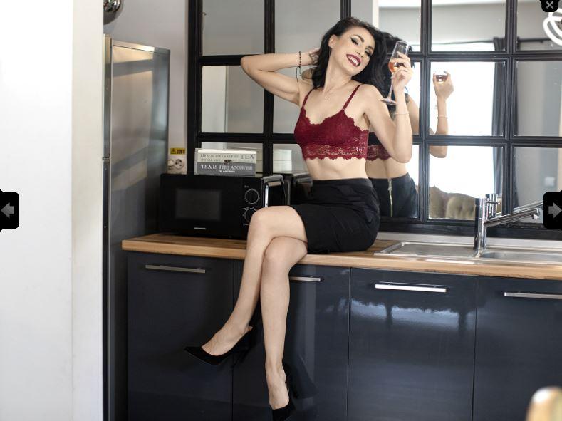 LarissaCooper Model Skype