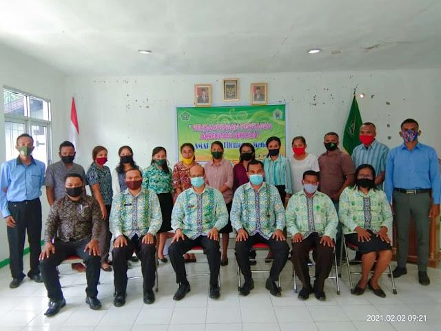 Foto Bersama Pendampingan Persiapan Akreditasi Sekolah SMAK Sta. Filomena