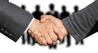 saludo de manos un trato hecho entre abogados