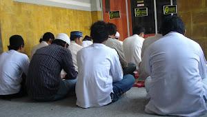 Doa Mendatangkan Banyak Santri, Murid, Tamu, Pelanggan dan Pembeli