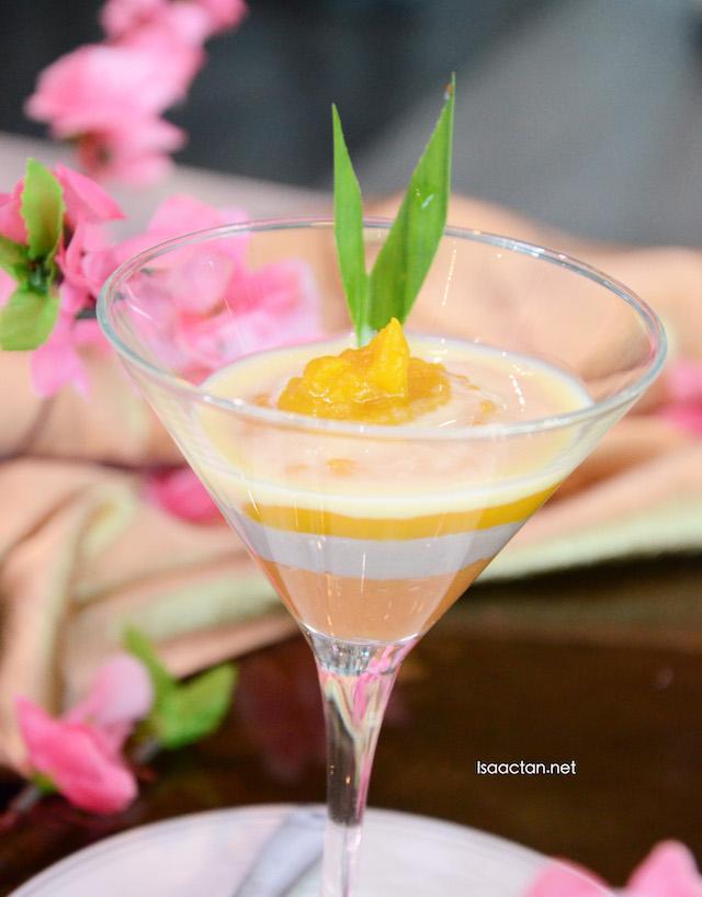Vanilla Sauce with Three Layer Cream