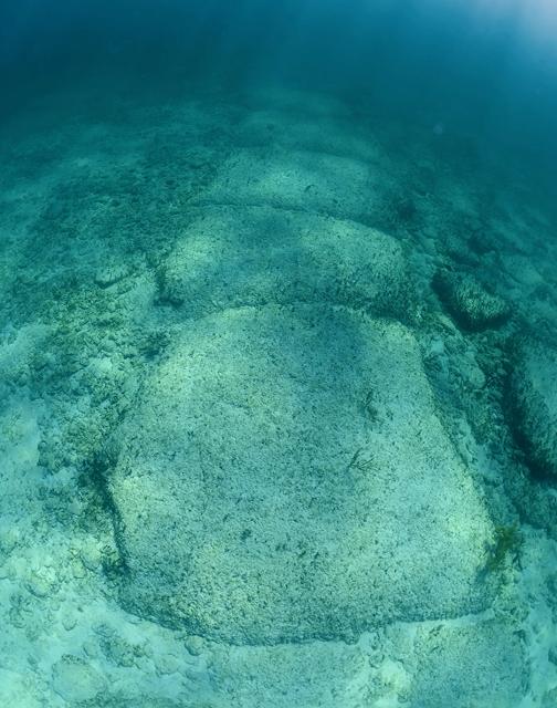 bimini island underwater road
