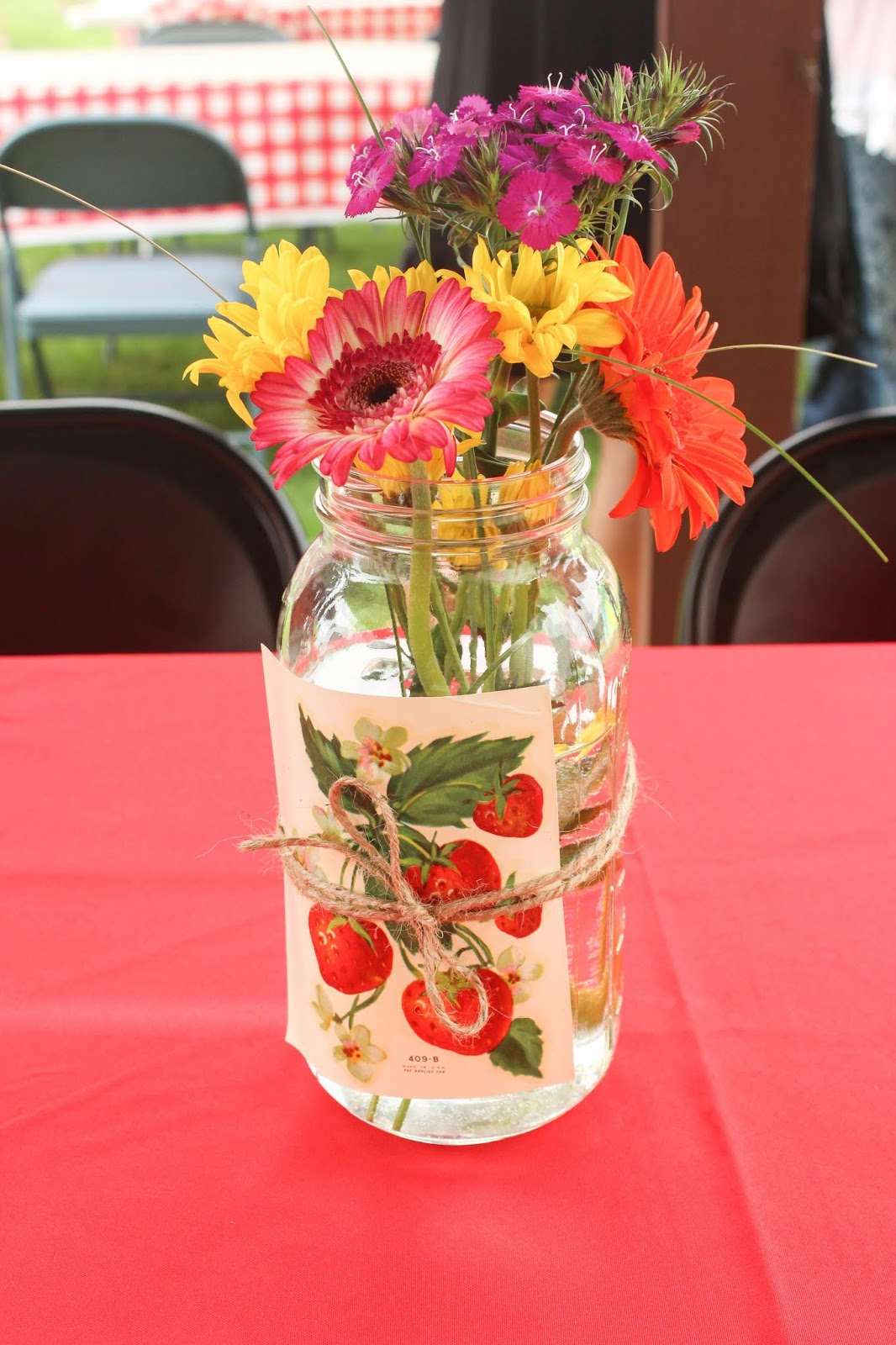 picnic themed party decor