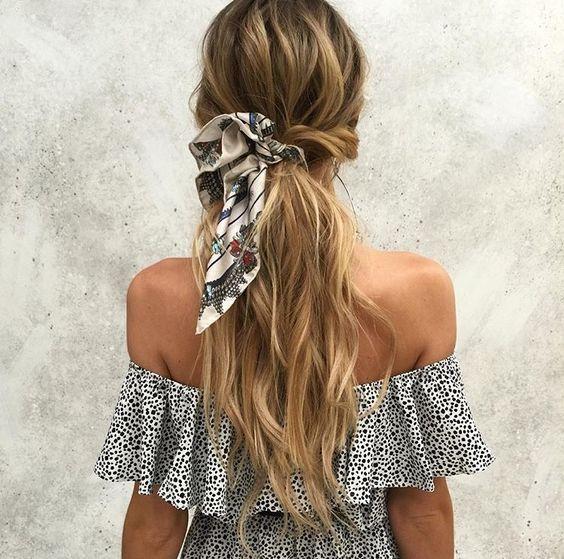 Peinados con bandanas coleta