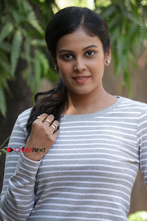 Tamil Actress Chandini Tamilarasan Latest Pos in Ripped Jeansat Ennodu Vilayadu Press Meet  0009.jpg
