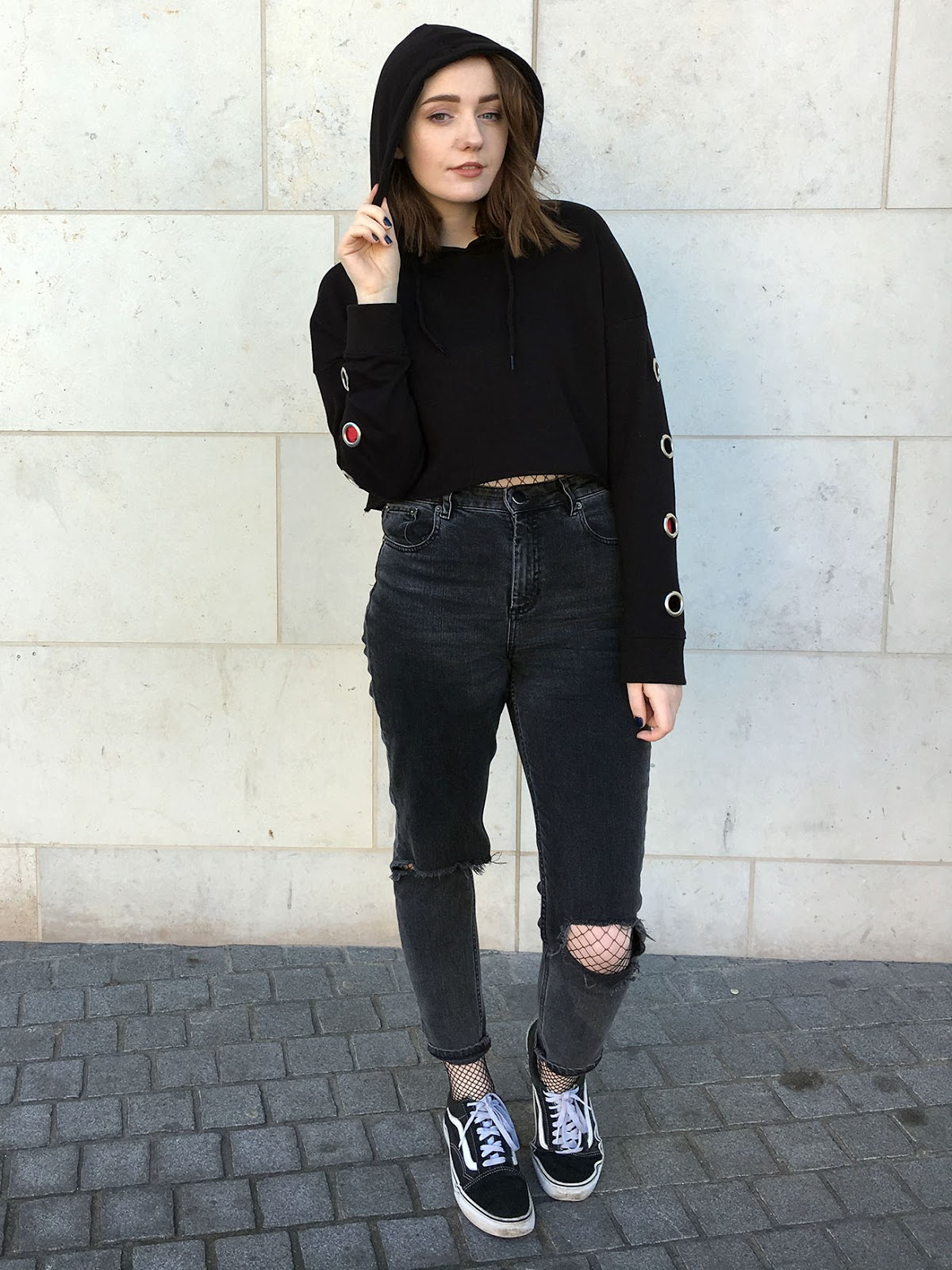 Liverpool blogger showing how to style a hoodie, plus asos farleigh jeans with fishnets underneath