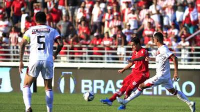 Série B – Vitória bate o CRB fora de casa e deixa a zona de rebaixamento