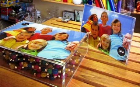 Caja fotos y marco fotos.