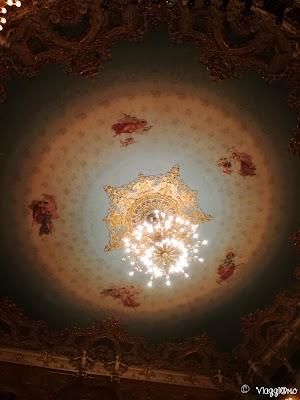 Particolare del soffitto della sala teatrale del Teatro la Fenice