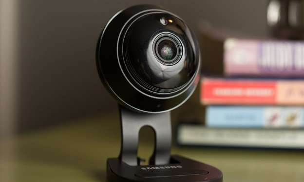 Turn your old phone into a home security camera for free ?