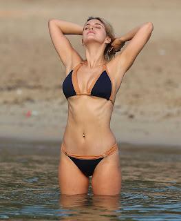 Ashley James Sexy Bikini babe
