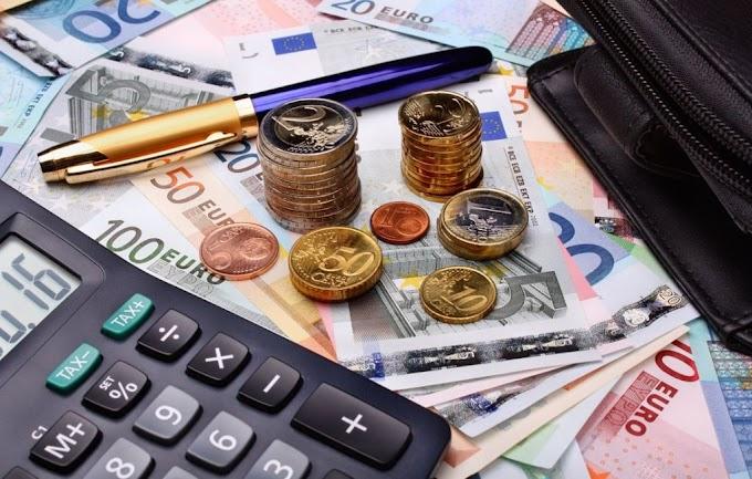 Φοροελαφρύνσεις: Τι εξετάζει η Κυβέρνηση για ΕΝΦΙΑ, ΦΠΑ και εισφορές