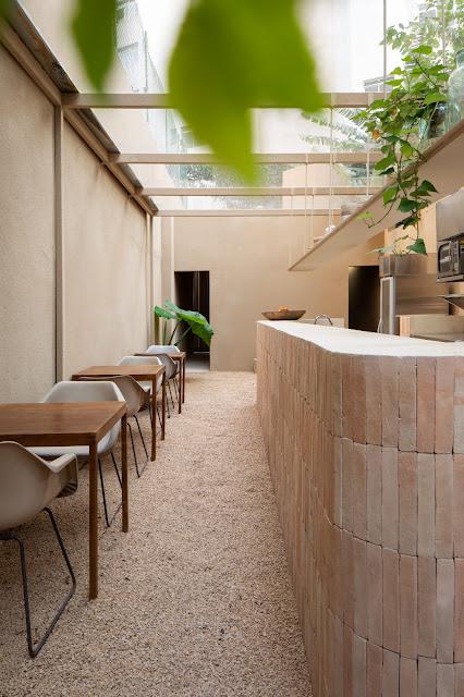 ilaria fatone - patio de restaurant en brique