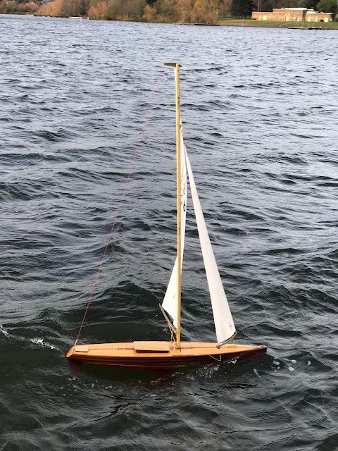 Vintage Marblehead Sun Wind HF Wooden RC sailboat classic VM