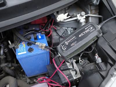 MOVE CUSTOM LA100S バッテリー充電