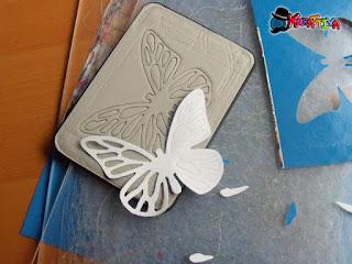 taglio farfalla di carta