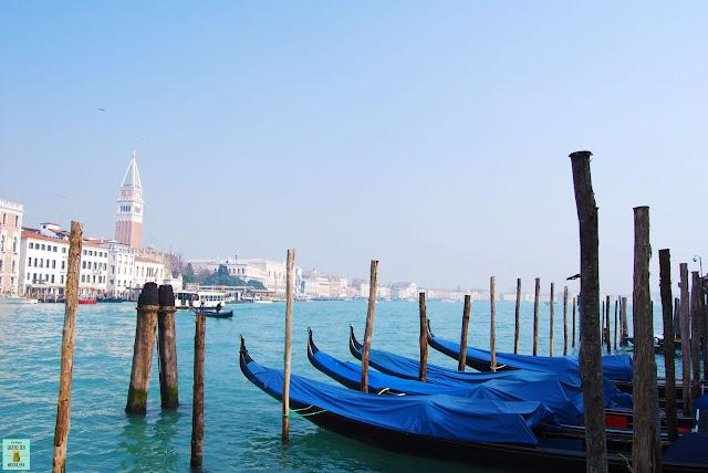 Góndolas con la Plaza San Marcos al fondo, Venecia