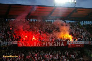 """Υπόσχονται """"καυτή"""" υποδοχή στην Πράγα"""
